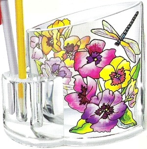 Amia 5750 Fancy Pansies Pencil Holder