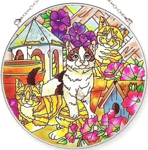 Amia 6111 Petunia Playmates Large Circle Suncatcher