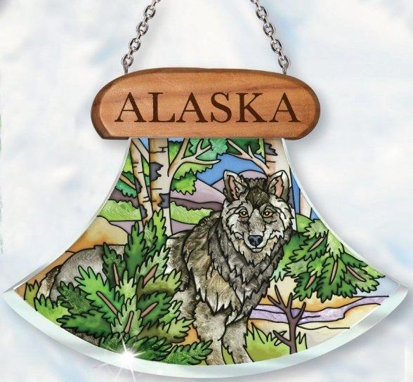 Amia 7438 Alaska Wolf Ulu Shaped Suncatcher