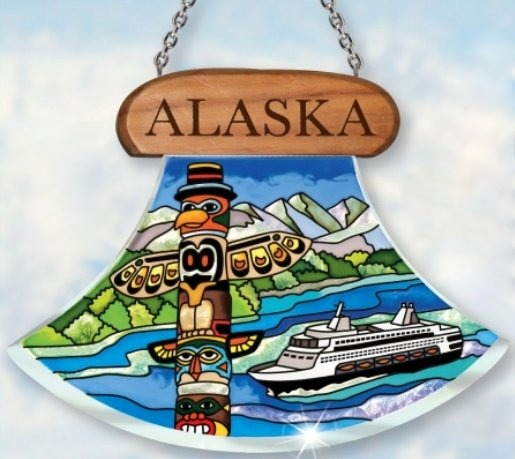 Amia 7441 Alaska Totem and Ship Suncatcher