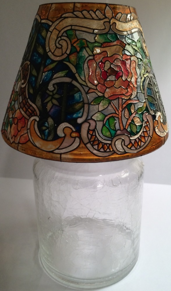 Amia 9905 Tiffany Rose Jar