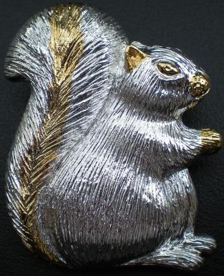 Jewelry - Fashion PINSquirrelSitting Squirrel Slide Pin