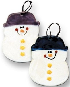 August Ceramics 2075T Round Snowman with top hat Ornament