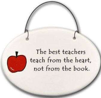 August Ceramics 2176A Apple The best teachers teach from the heart Mini Disk