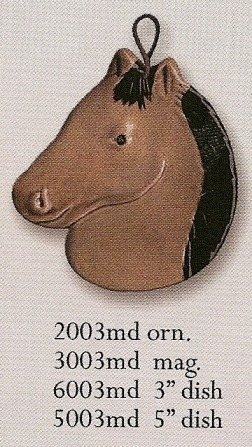 August Ceramics 3003MD Tan with Black Mane Magnet