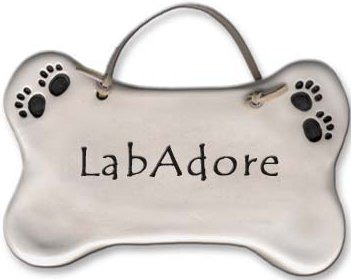August Ceramics 4018K Dog Bone Plaque Lab Adore Plaque