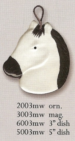August Ceramics 5003MW White with Black Mane Soapdish