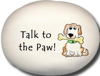 August Ceramics 8158O Dog Talk to the paw Mini Rock