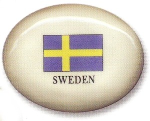 August Ceramics 8199SWE Sweden Flag Paperweight