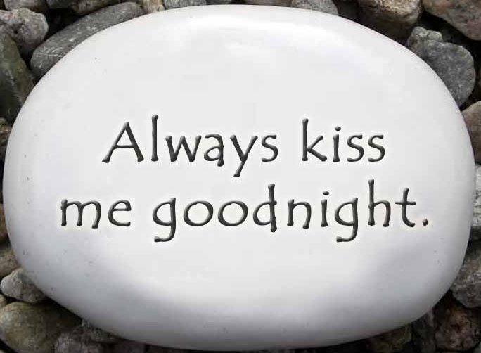 August Ceramics R304 Always kiss me goodnight Rock