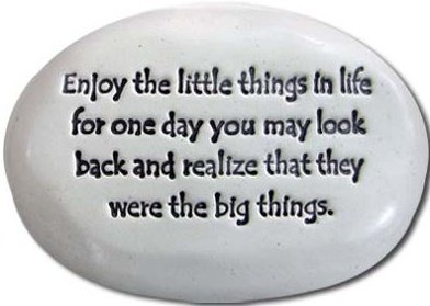 August Ceramics R311 Enjoy the little things in life big things Rock