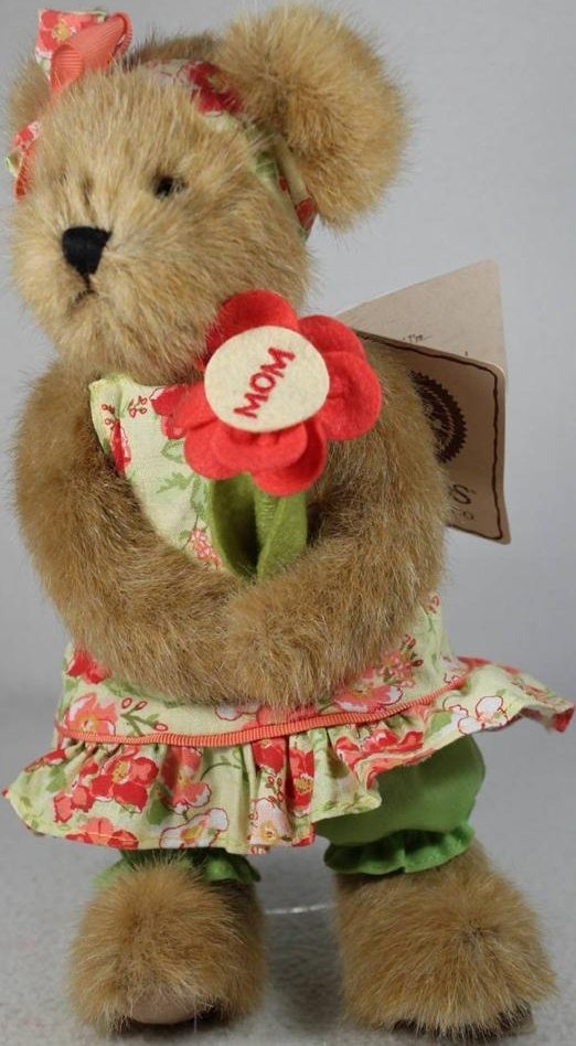 Boyds Bears Collection 4032721 Posey McPetal Holding Flower With MOM