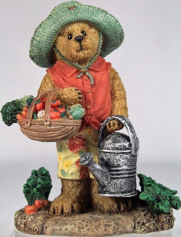 Boyds Bears Collection 4040517 Kirstie Tillington Summer s Bounty Figiurine