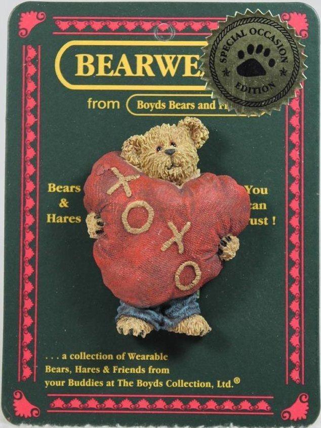 Boyds Bears Collection 82059 Huggins Beary Smooch Bearwear