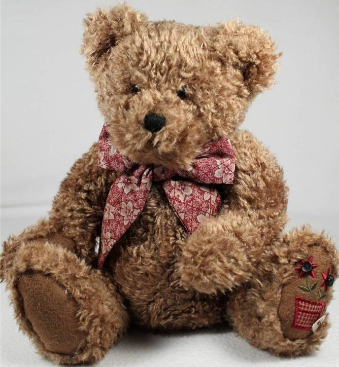 Boyds Bears Collection 904851 Bobbi Sue Quiltbeary Pot wFlowers on Foot