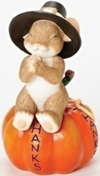 Charming Tails 30393 Mouse On Pumpkin Fig