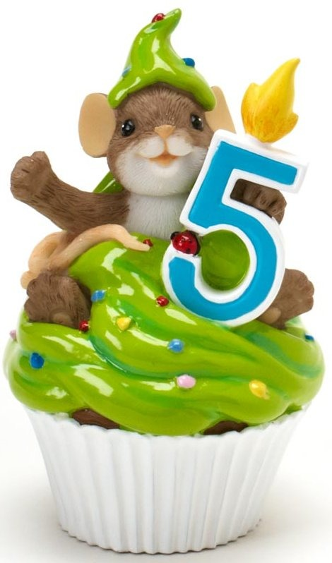Charming Tails 4020635 Mouse Birthday 5 Cupcake Figurine