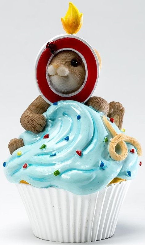 Charming Tails 4020640 Mouse Birthday 0 Cupcake Figurine