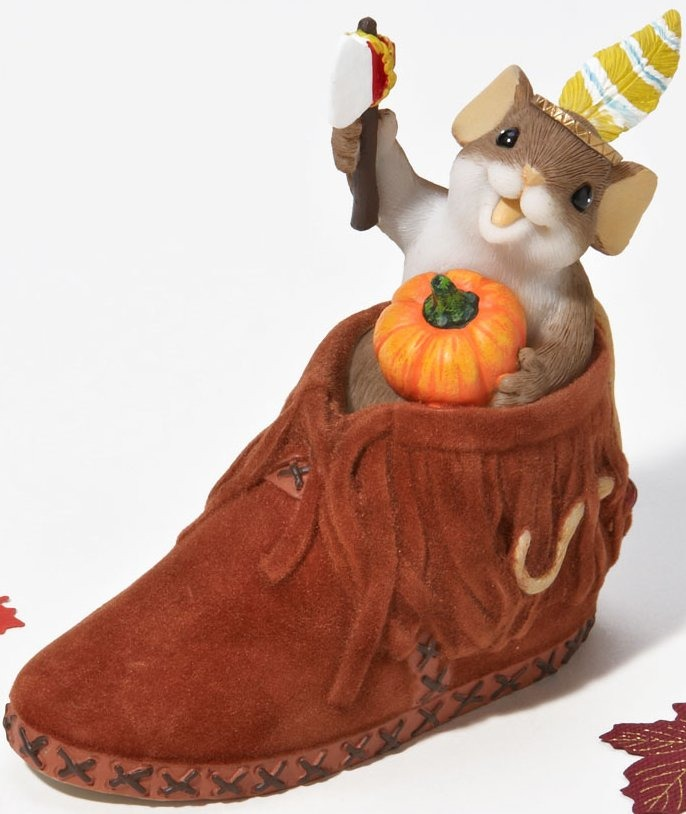 Charming Tails 4023690 A Brave Little Sole Figurine