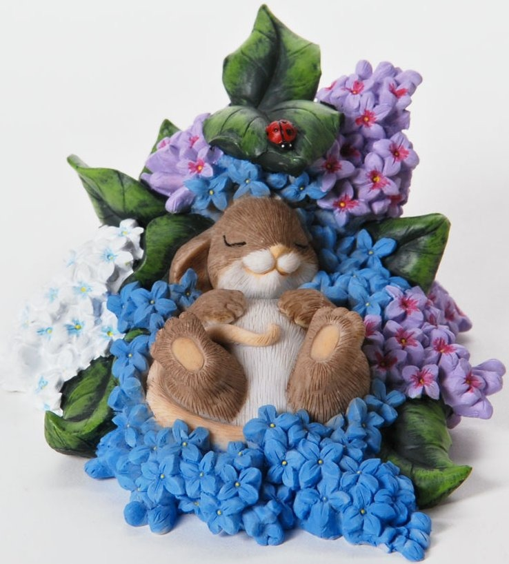 Charming Tails 4025768 May Your Dreams Blossom With Beauty Figurine