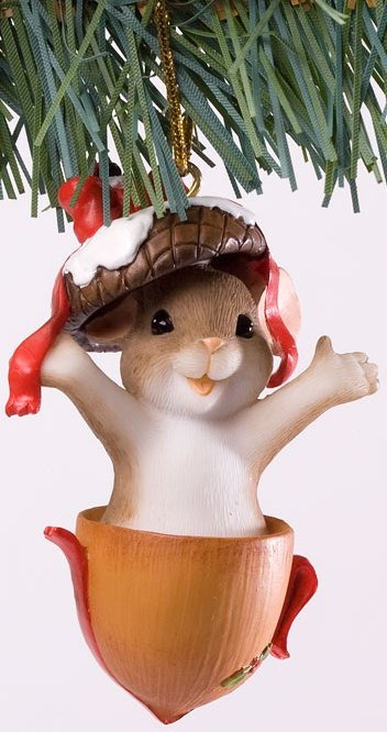 Charming Tails 4027664 Gone Nutty For Christmas Ornament