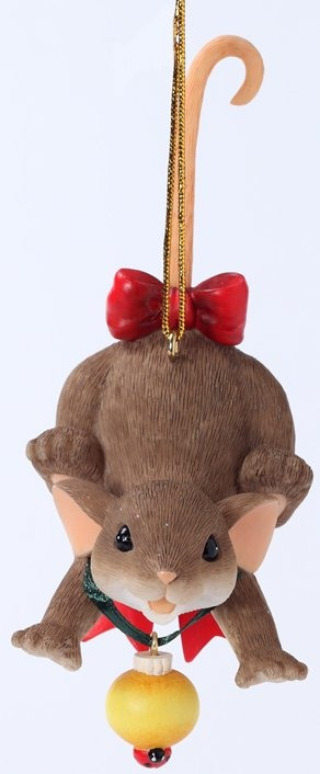 Charming Tails 4027667 Nothing Decorates the Season Ornament