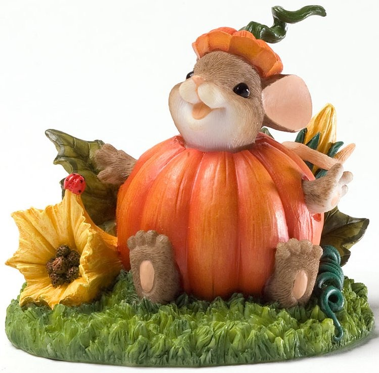 Charming Tails 4027674 Maxines Pumpkin Costume Figurine