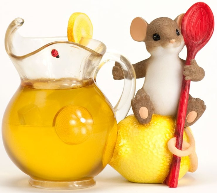 Charming Tails 4029324 When Life Gives you Lemons Figurine