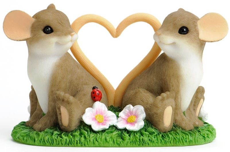 Charming Tails 4030939 Love Mice Figurine