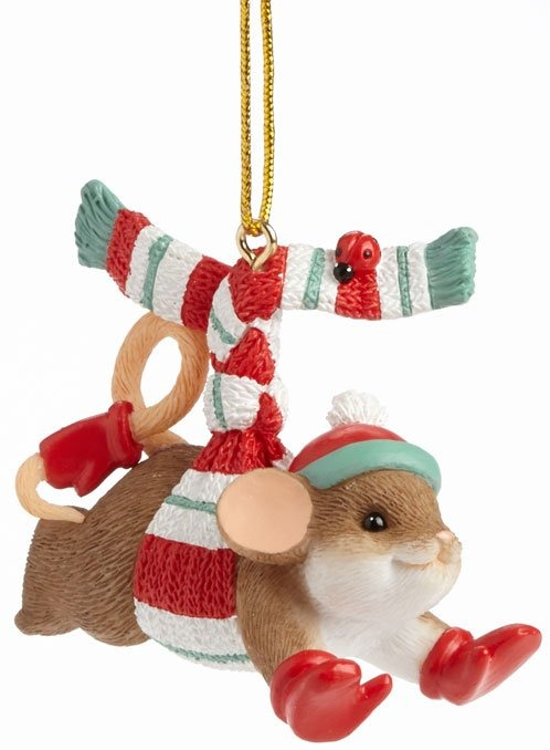Charming Tails 4041169 Thrill Chill Ornament