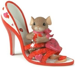 Charming Tails 84138 Youre A Loving Sole