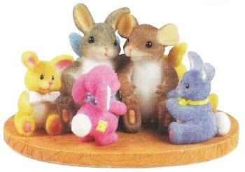 Charming Tails 88147 Every Bunny Needs a Friend Like You Figurine