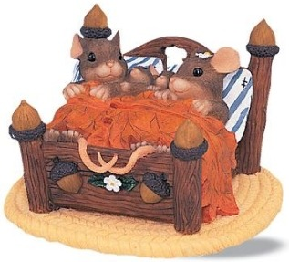 Charming Tails 89763 The Honeymoons Over Figurine