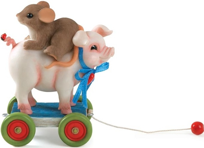 Charming Tails 98455 Pig Pull Toy WCharm