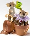 Charming Tails 4020485 It Takes a Long Time To Grow A Friend Figurine