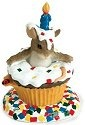 Charming Tails 89117 Happy Birthday Surprise Figurine
