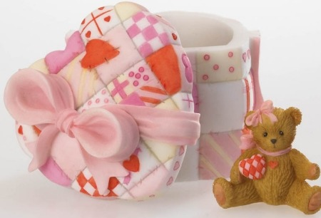 Cherished Teddies 4020584 A Heart Full of Love Covered Box