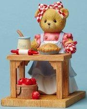 Cherished Teddies 4049729 Baking Apple Pie Figurine