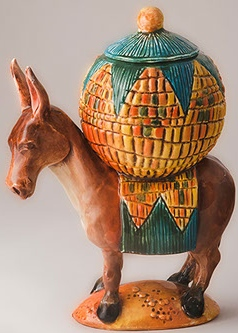 DaNisha Sculpture M001 Pedro Burro with Lid