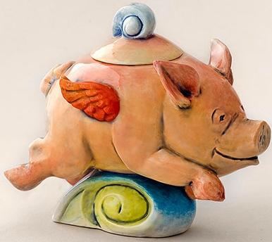 DaNisha Sculpture M026 Flight of Fancy Pig with Lid