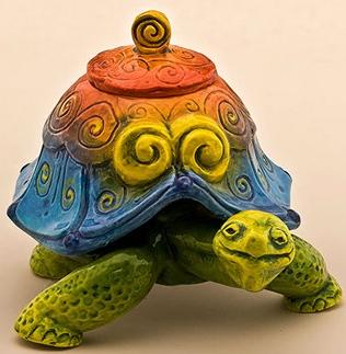 DaNisha Sculpture M032 Galapagos Swifty Tortoise with Lid