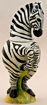 DaNisha Sculpture M035 Stripes Zebra with Lid