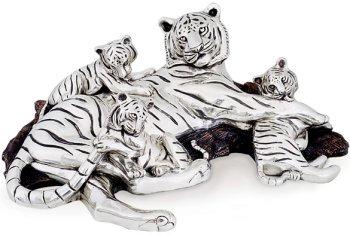 D'Argenta 8022 Tigers by Ricardo del Rio