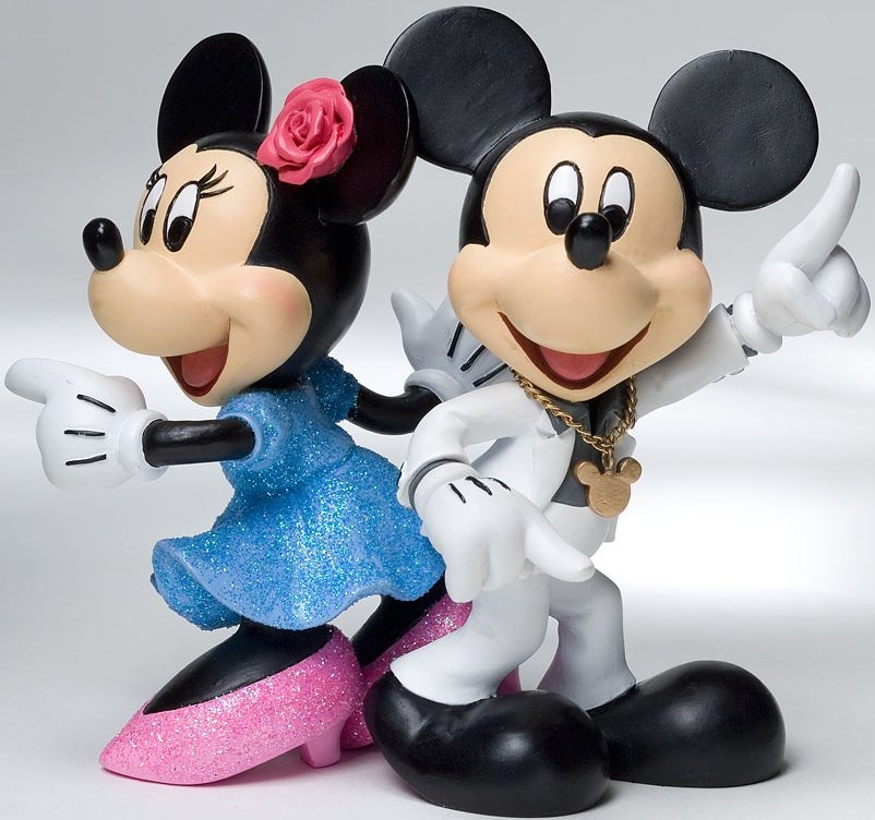 Disney Showcase 4022356 Mickey and Minnie Disco