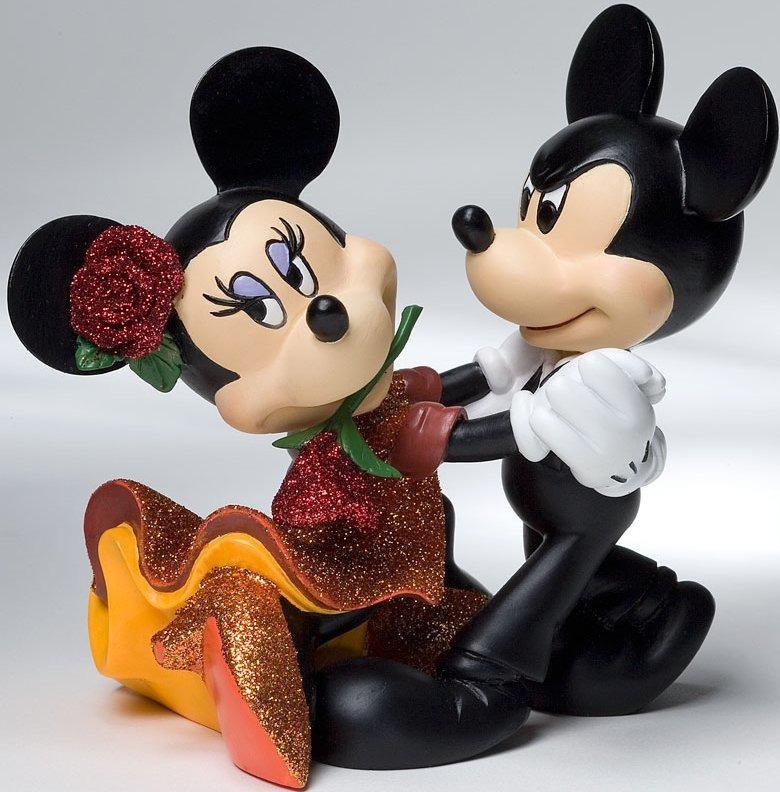 Disney Showcase 4022358 Mickey and Minnie Tango
