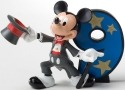 Disney Showcase 4017909 Mickey 9 Figurine