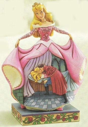 Disney Traditions by Jim Shore 4011738 True Love's Kiss