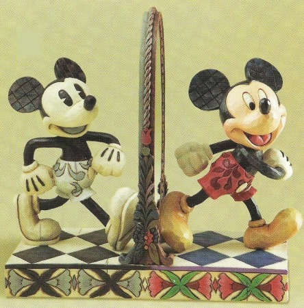 Jim Shore Disney 4011748 Vintage Mickey