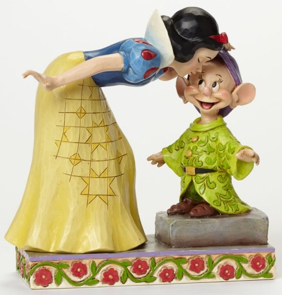 Jim Shore Disney 4043650 Snow White Kissing Dopey