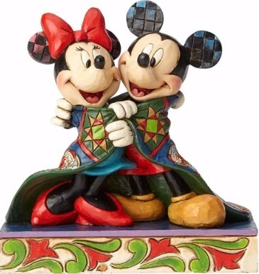 Disney Traditions by Jim Shore 4057937 Mickey and Minnie Wrapped in Quilt